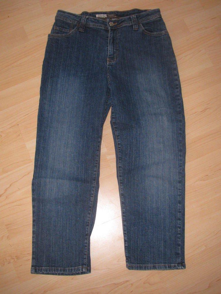 Womens Sz 6  St. John's Bay Stretch Capri/Crop Blue Jeans EUC