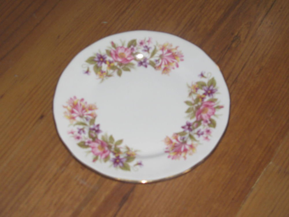 Vintage Colclough Wayside Bone China Bread and Butter Plates England