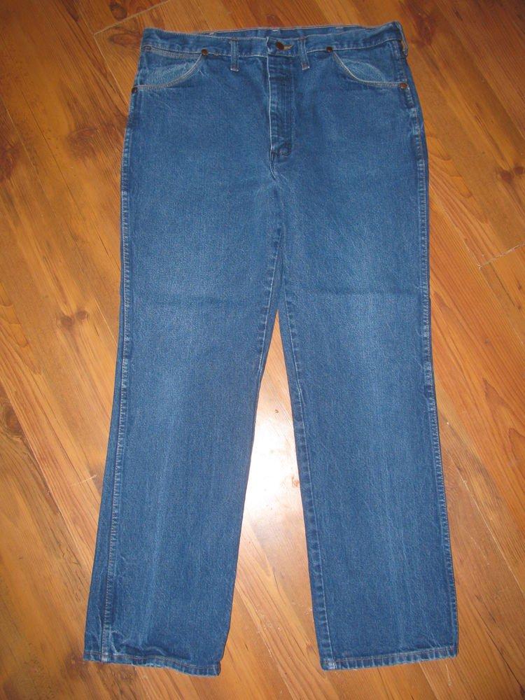 Mens Sz 38 x 31 Wrangler Blue Jeans EUC