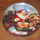 2001 Avon A Visit From Santa Porcelain Christmas Plate Trimmed w/22 Carat Gold