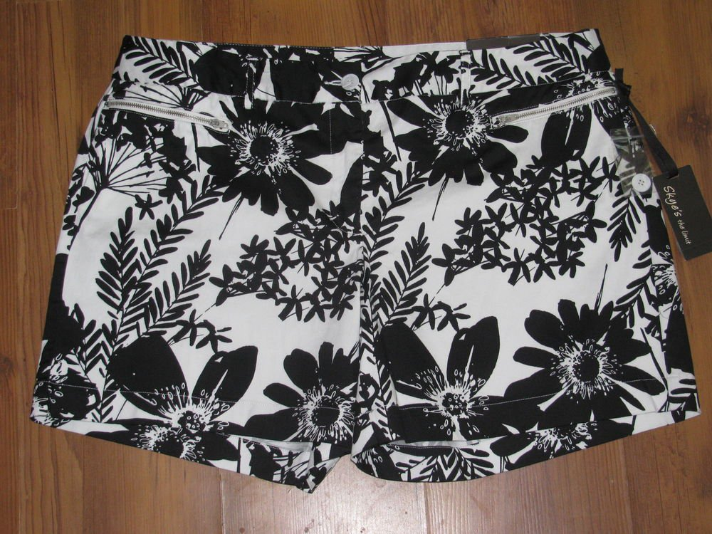 New Womens Sz 16 Skye's The Limit Black/White Floral Shorts