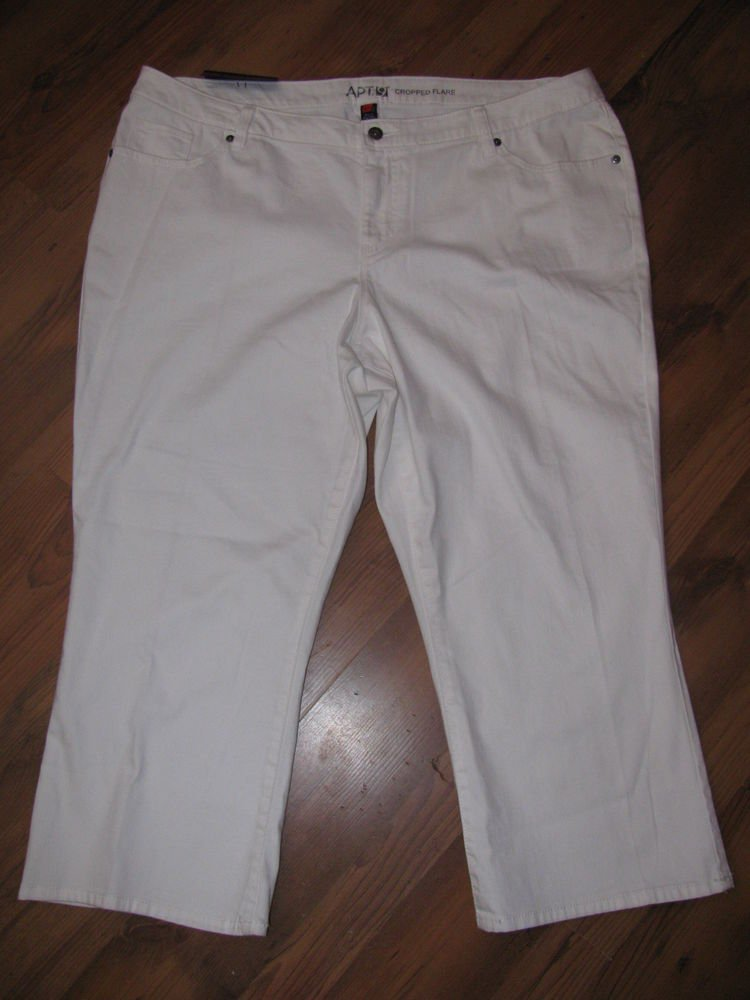 New Womens Plus Sz 24  Apt. 9 White Cropped Flare Jeans Retails $52