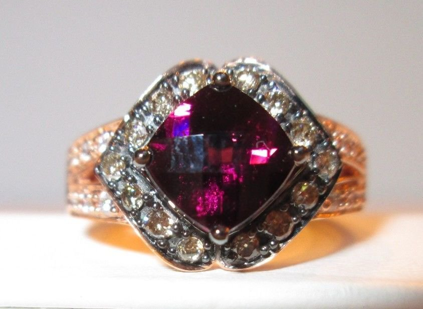 Roberto Ricci with Levian Logo Raspberry Rhodolite Brown & White Diamond Ring 7