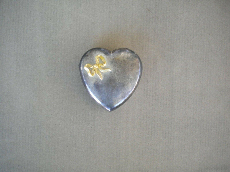 Vintage Heart Shaped Zinc Alloy Metal Silver Jewelry Box Hong Kong Cloth Liner