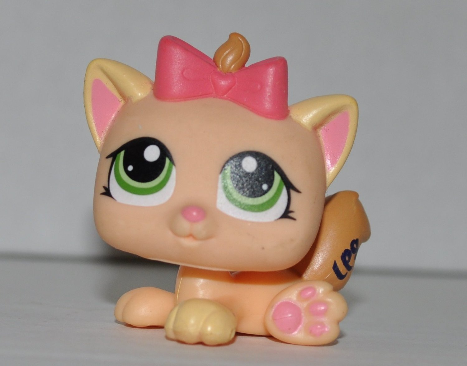 Kitten #1336  Littlest Pet ShopCollector Toy - LPS Collectible Replacement Single Figure - Loose