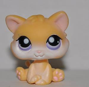 Kitten #114  - Littlest Pet Shop (Retired) Collector Toy - LPS Collectible  Figure - Loose