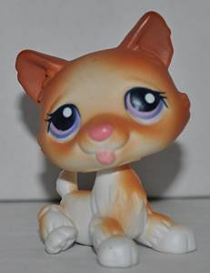 Husky #37 - Littlest Pet Shop (Retired) Collector Toy - LPS Collectible Replacement  Figure - Loose
