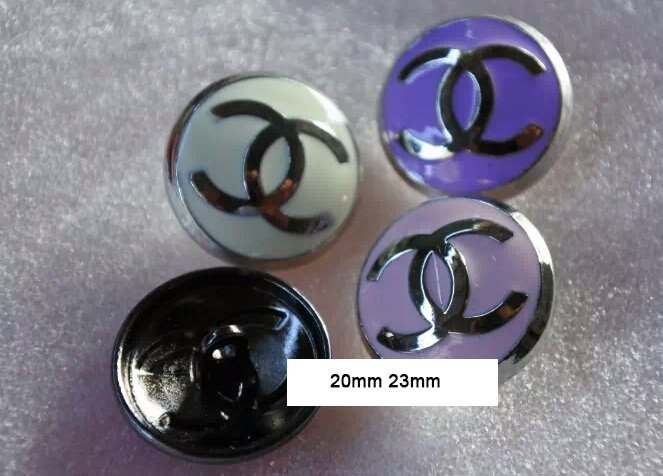 Button  055