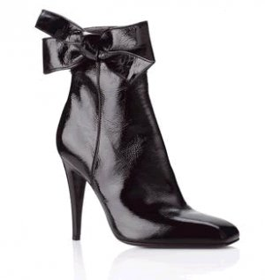 Ribbon Point Ankle Boots