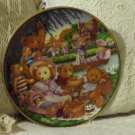 FRANKLIN MINT Teddy Bear Picnic Decor Plate 1991