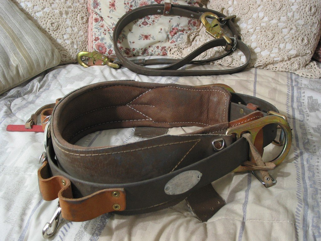 KLEIN Linemans Tree Harness Fall Belt Strap Sz 30D Used