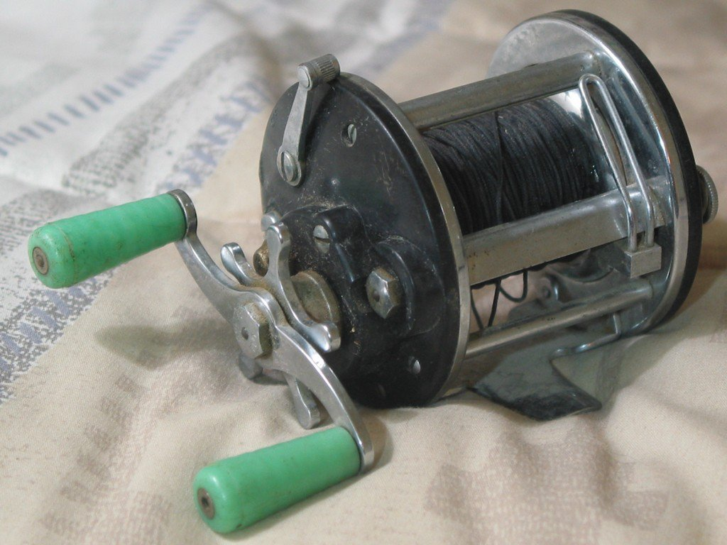 Penn peer 109 vintage deep sea open fishing reel used for Penn deep sea fishing reels
