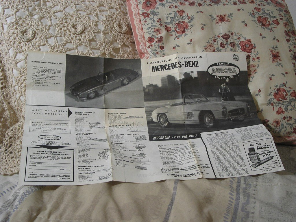 MODEL KIT INSTRUCTIONS Aurora Mercedes Benz 300SL 1959