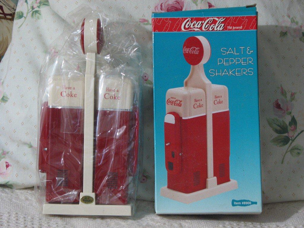 COCA COLA Salt Pepper Shakers Coke Vending Unused 1993