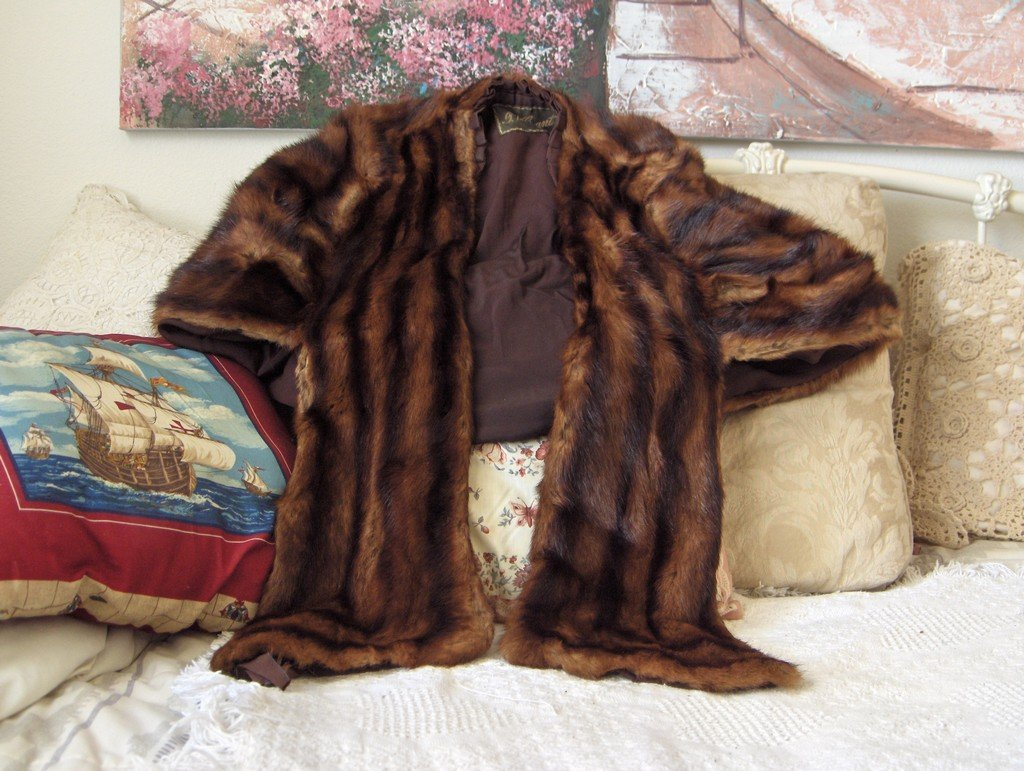 JV GRANT 1950s Era Fur Cape Stole Striped Used