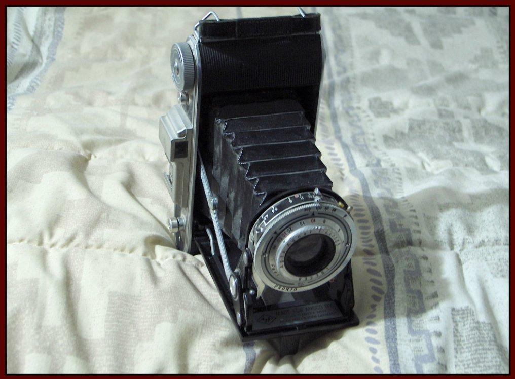 AGFA ANSCO VIKING 6.3 1952 Folding 120 Film Camera Pronto Shutter Vintage Germany