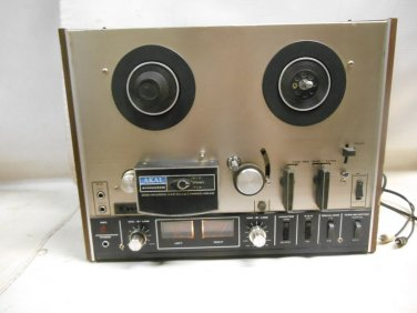 Vintage Akai 4000DS Reel to Reel Three Head Tape Recorder in Wood, Power Tested