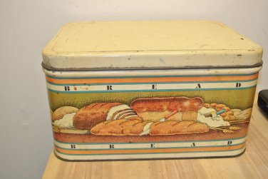 1979 Retro Vintage Metal Tin Kitchen Breadbox, Pentron Industries