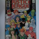 Justice league #24 giant-size 1st Appearance of JL Europe,