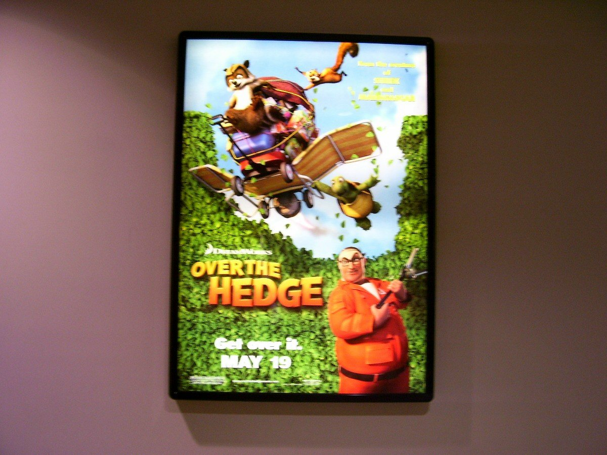 Over The Hedge Original Movie Poster Approx. 48 X69
