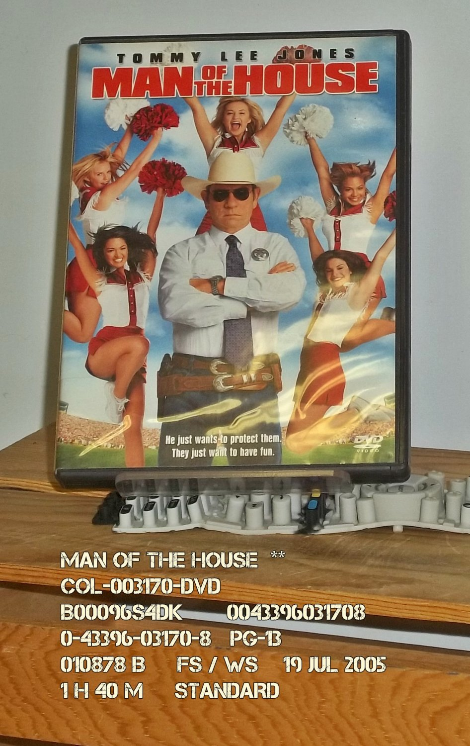 DVD - MAN OF THE HOUSE  **
