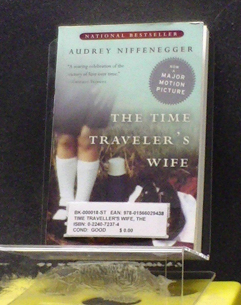 BOOK - TIME TRAVELLER'S WIFE, THE
