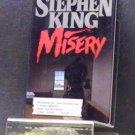 BOOK - STEPHEN KING - MISERY
