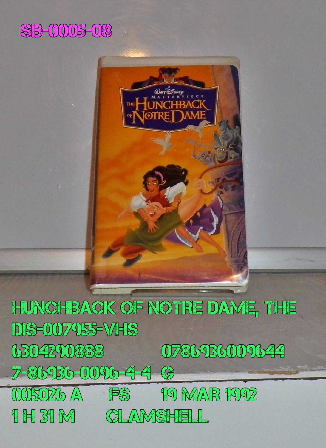 VHS - HUNCHBACK OF NOTRE DAME, THE  *