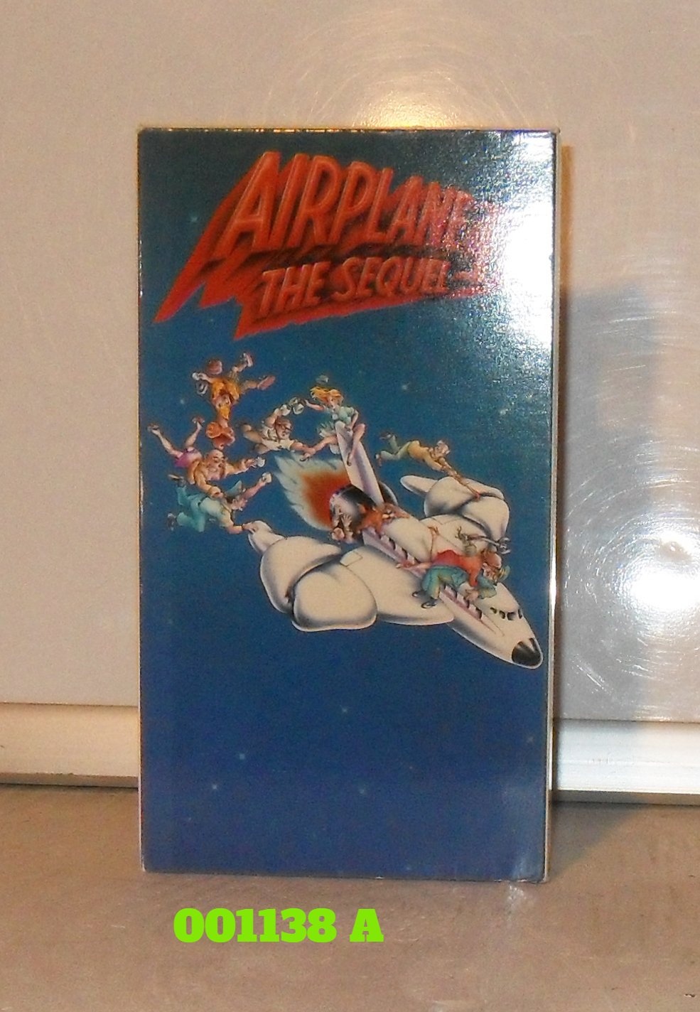 VHS - AIRPLANE  (02)  SEQUEL, THE