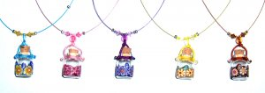 Aroma pendants with single crystal string