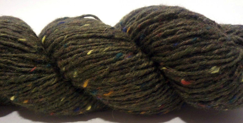 Tahki Donegal Tweed Wool Yarn 3.5 oz. (100 g) Color 0839 Dark Olive Green with Flecks