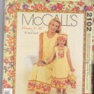 McCall 2102 Mommy & Me Dress Mother Daughter Adult Child Hat Bag