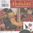 Simplicity Holiday Christmas Pattern 8995 Uncut FF Tree Skirt Ornaments Stockings