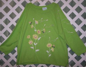 Quacker Factory Bright Green Flowers Bees EUC 2X Cute!