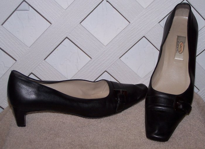 Women�s Sz 7.5 Black Leather Talbot�s Shoes Size 7 1/2