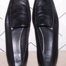 Women's Bass Shoes Size 9.5 Black Leather Sz 9 ½