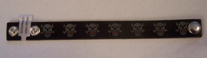 Glow-in-the-dark Black skull bracelet