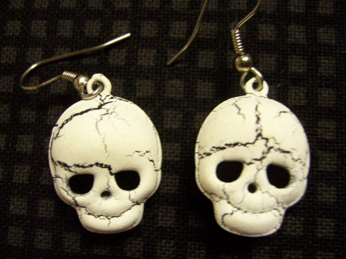 Skull bell earrings
