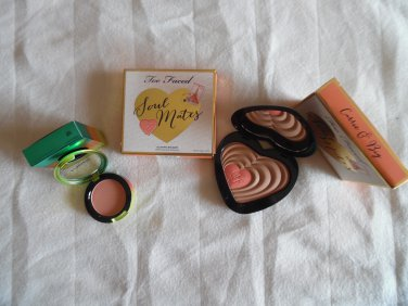 MAC Crisp Whites Blush And TOO FACED Soulmates Carrie & Big Bronzer And Blush