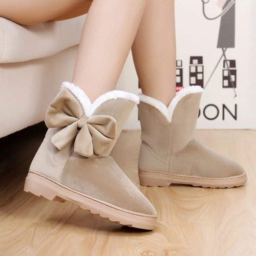 Cindy Snow Boots Size 4 (American)