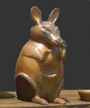 Rabbit clay pot