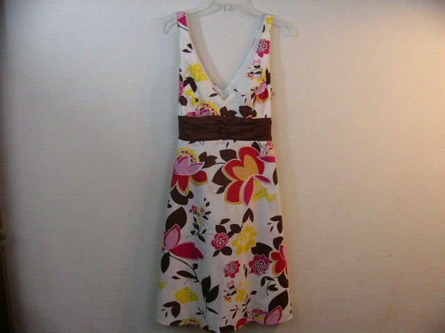 B SMART SUMMER BEACH DRESS SIZE 12 L BROWN WHITE PINK FLORAL SLEEVELESS V NECK