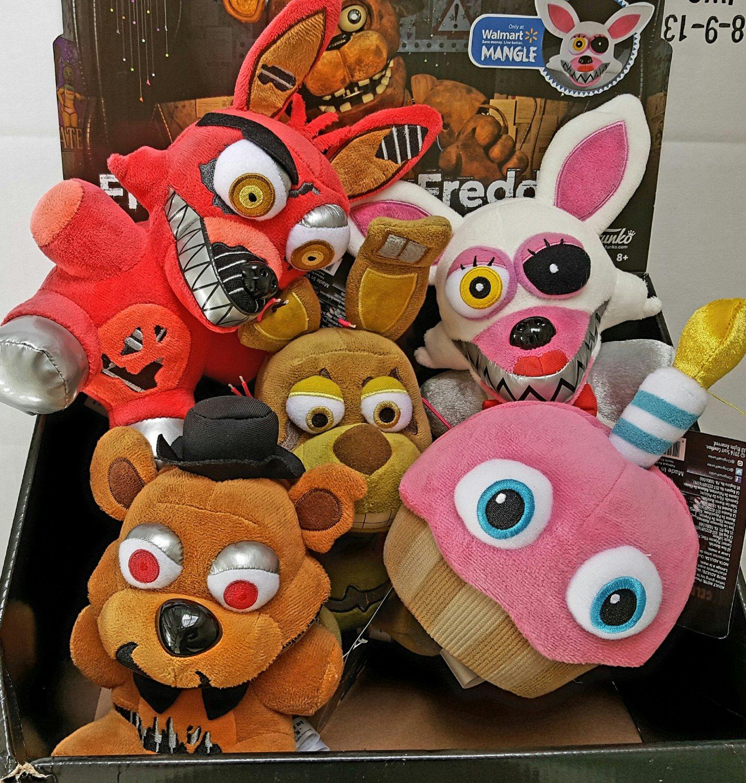 Funko Five Nights At Freddy's Set of 5 Plush Cupcake Nightmare Freddy & Foxy Spring Trap Mangle