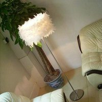 Modern Simple Feather Floor Lamp Straight Pole of Small size