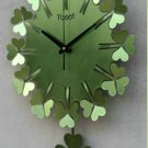 Lucky grass clock