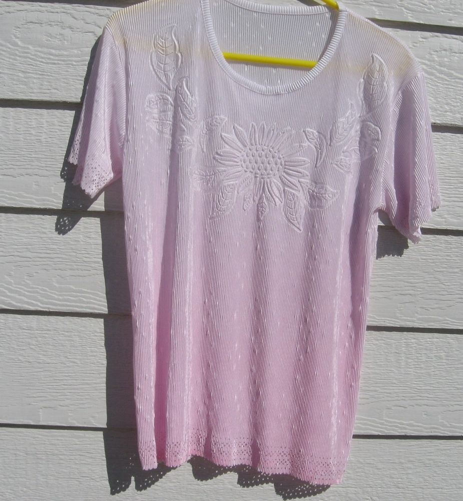 Pleated White to Pink Top Sunflower Leaves 36 Chest Cut Out Trim Crinkled emboss