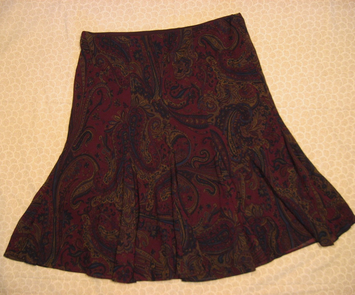 Chaps Burgundy Red Print Skirt 12 34 Inch Waist 2 Layer Full Floral