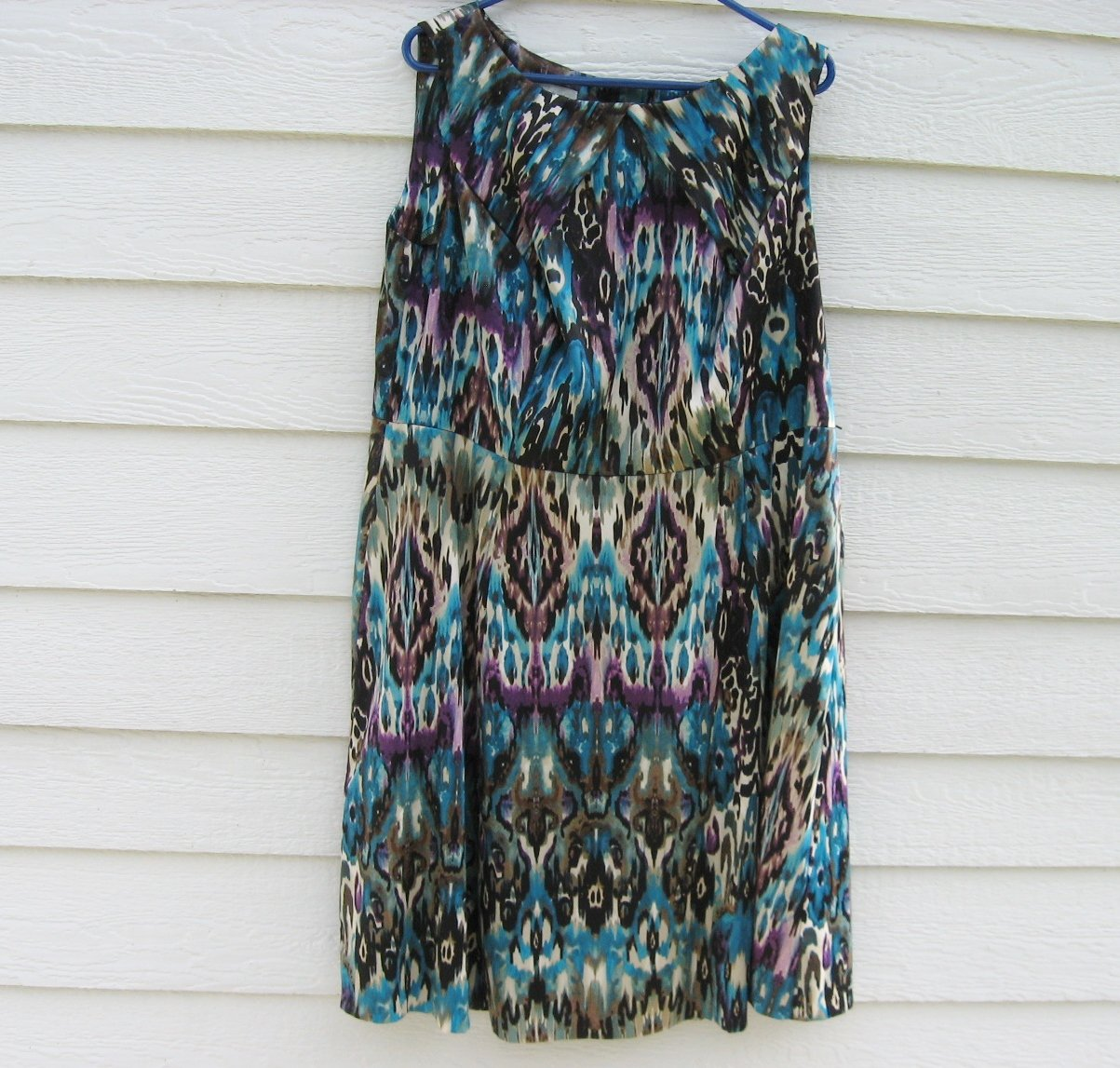 Dressbarn Abstract Print Dress 18W Shiny Blue Sleeveless Pleated Shoulder