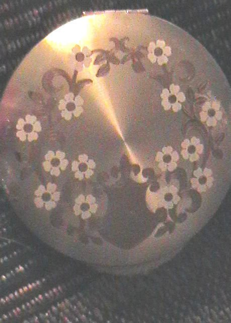 Vintage Larger Compact Wadsworth USA Floral  Design Two Tone Collectible