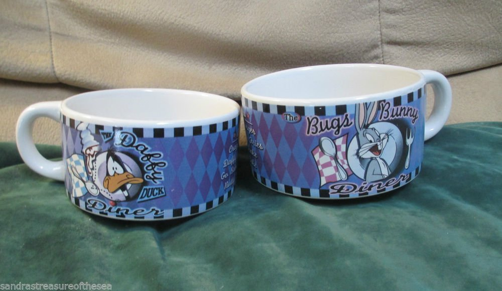 Pair of Looney Tunes Collectible Mugs Bugs Bunny Daffy Duck Diner Menu Burgers